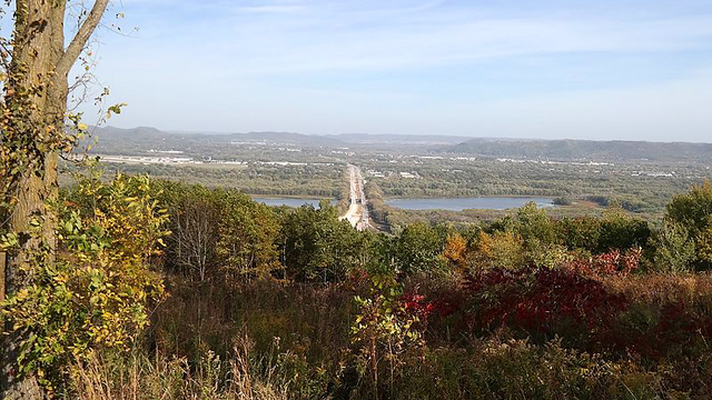 A Brief Introduction to the Driftless Area